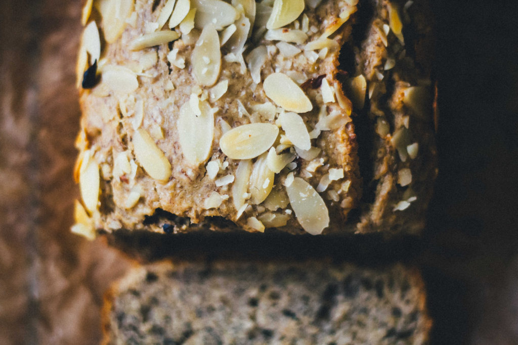 Cozy Cinnamon Chai Banana Bread | Well and Full | #plantbased #recipe