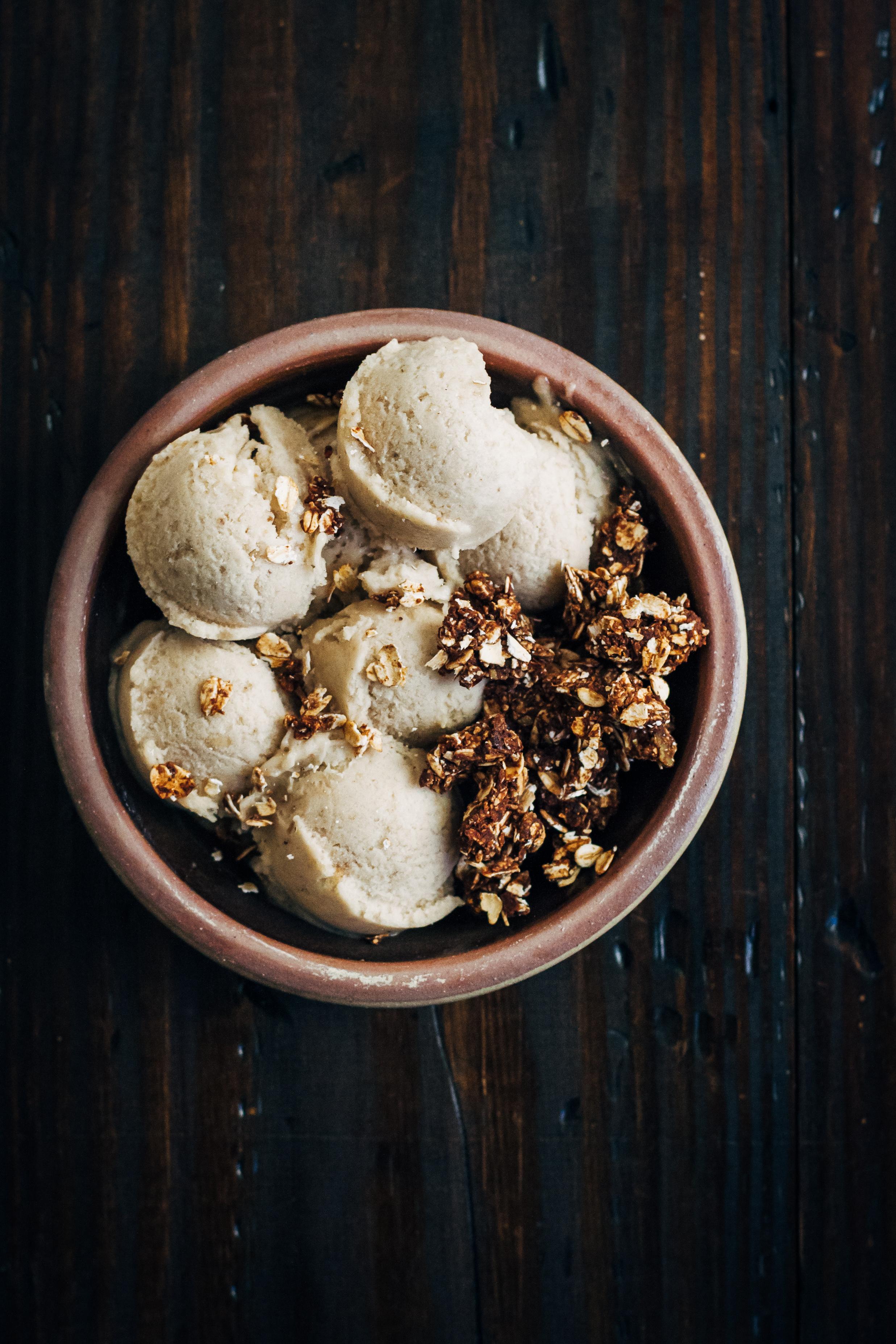 Banana Ice Cream W Chocolate Rawnola Well And Full