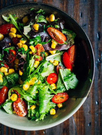 Summer Garden Salad w/ Sweet Corn, Tomatoes + Herbs | Well and Full | #vegan #salad #recipe