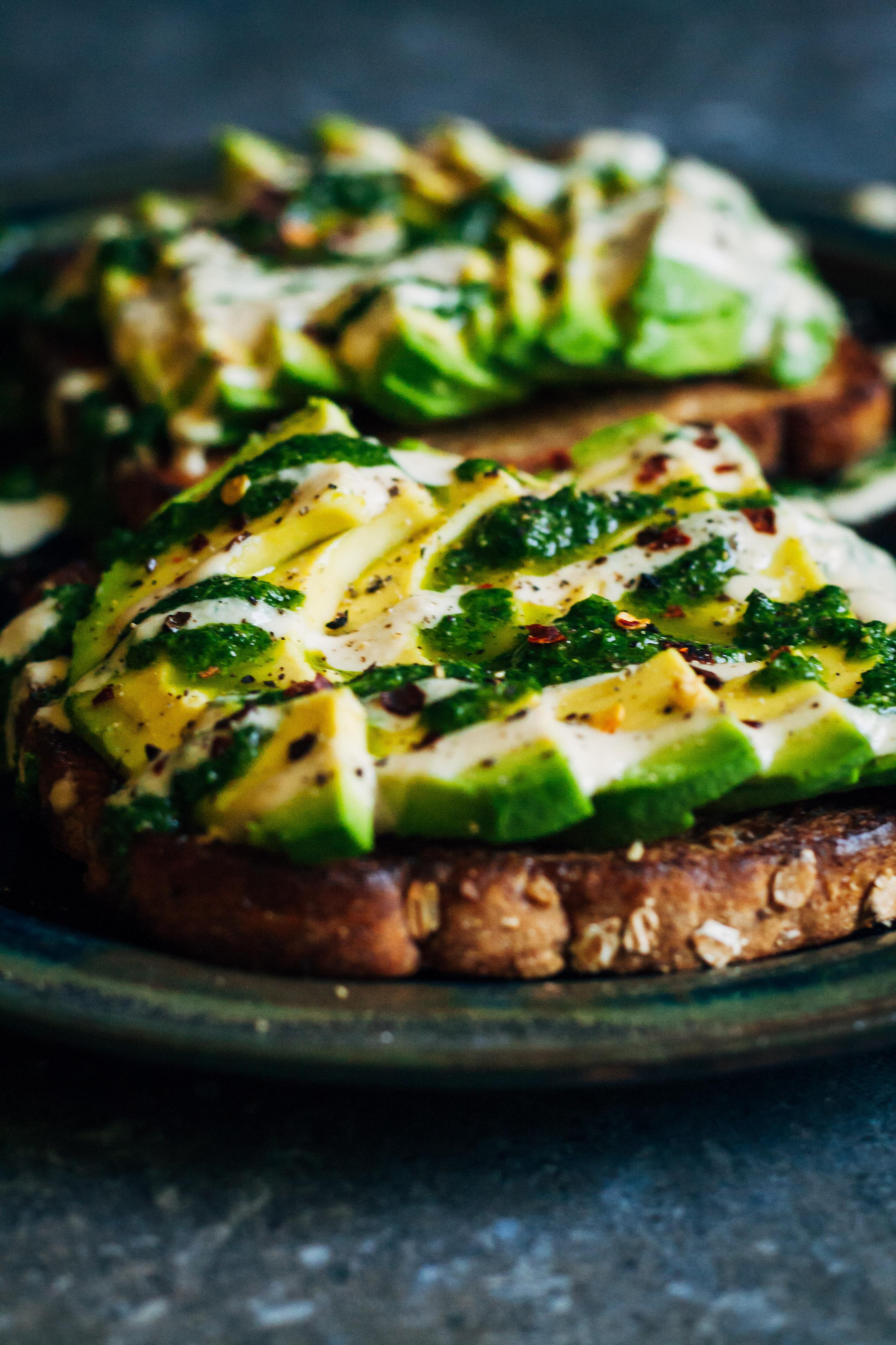 Green Pesto Avocado Toast w/ Tahini | Well and Full | #vegan #avocado #toast #recipe