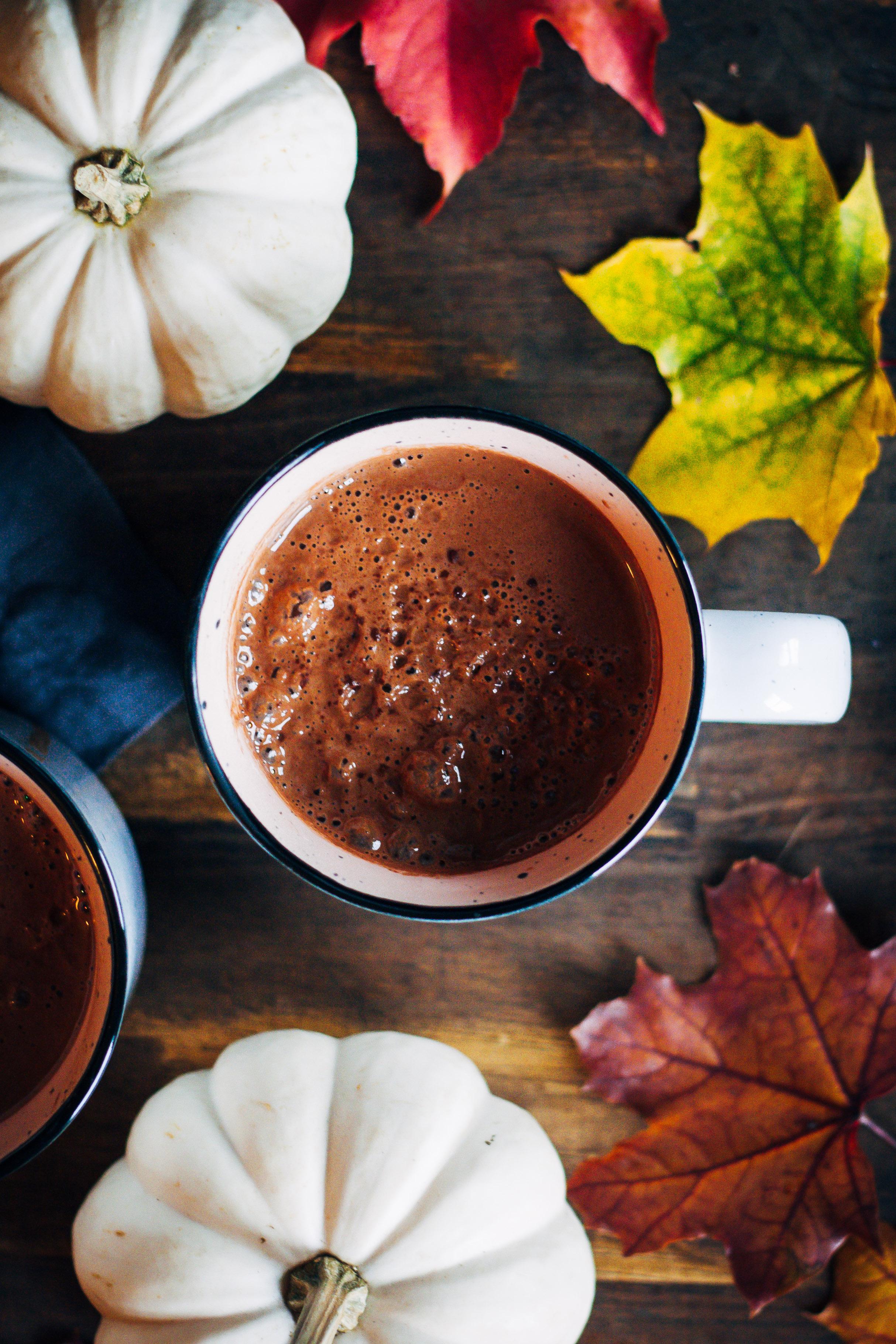 Maca Hot Chocolate   Well and Full   #vegan #maca #superfoods