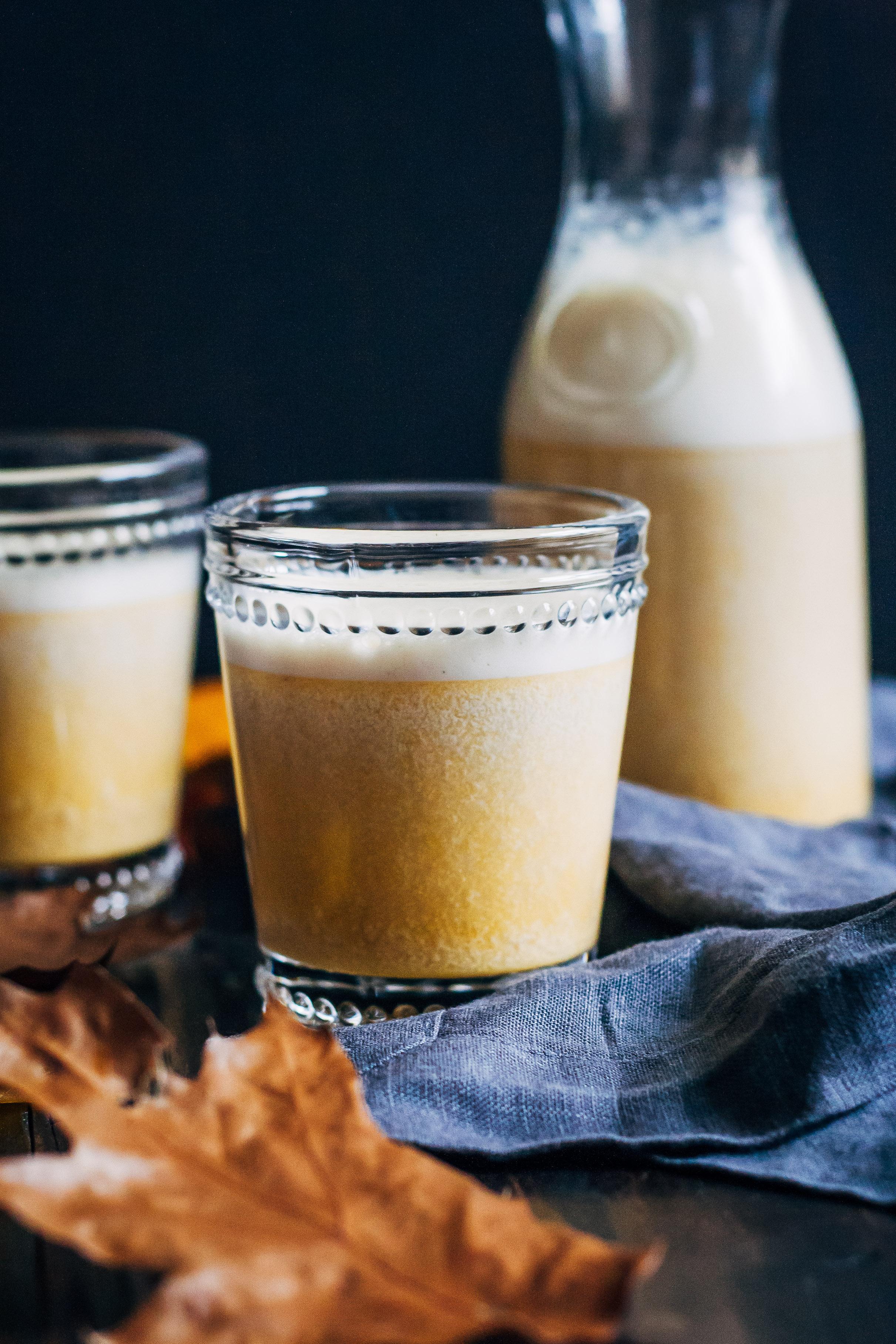 Pumpkin Spice Almond Milk   Well and Full   #pumpkin #spice #vegan