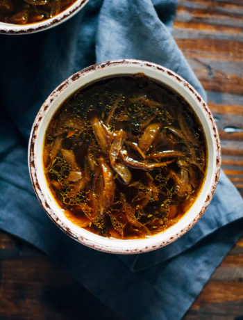 Vegan French Onion Soup   Well and Full   #vegan #soup #recipe