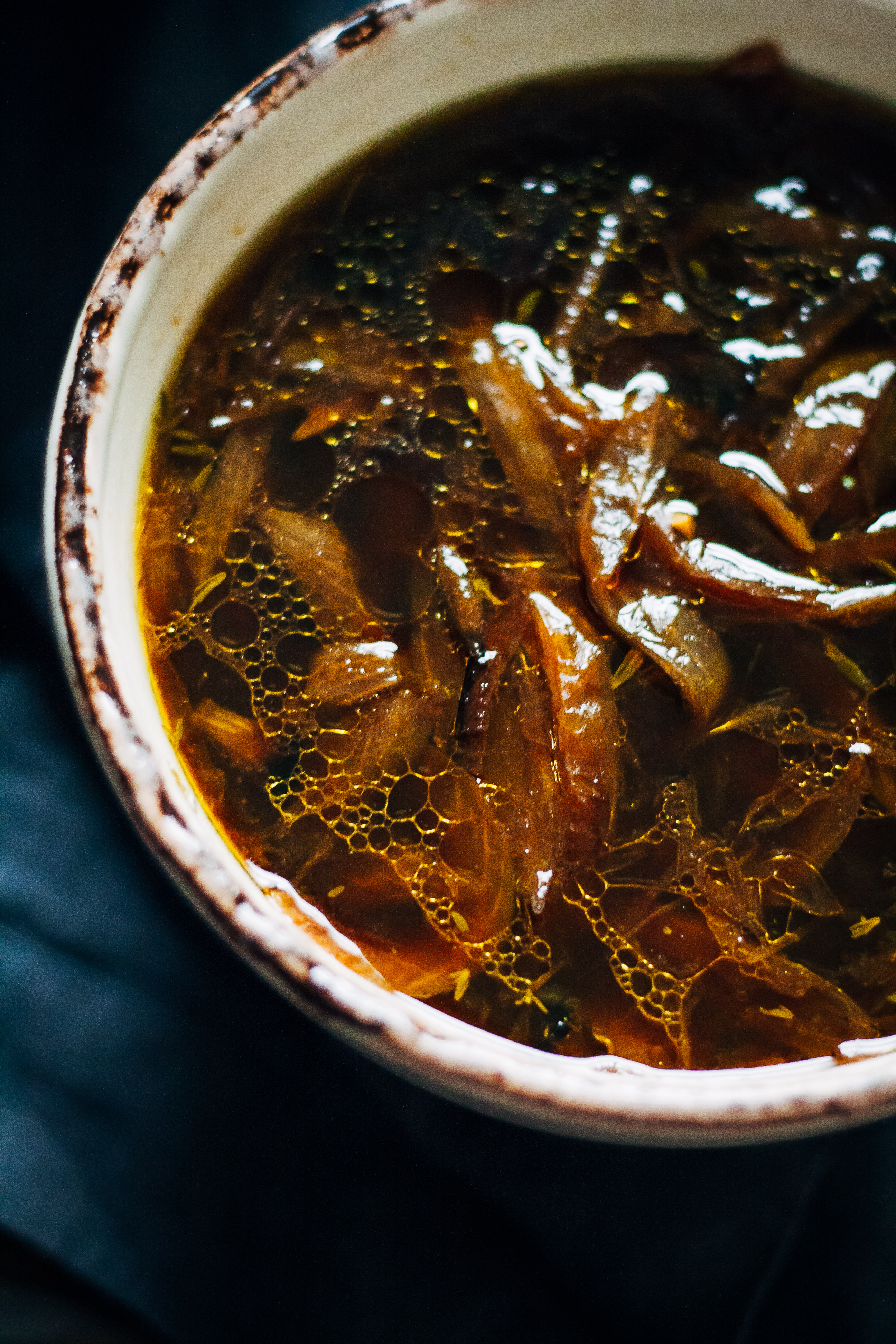 Vegan French Onion Soup | Well and Full | #vegan #soup #recipe