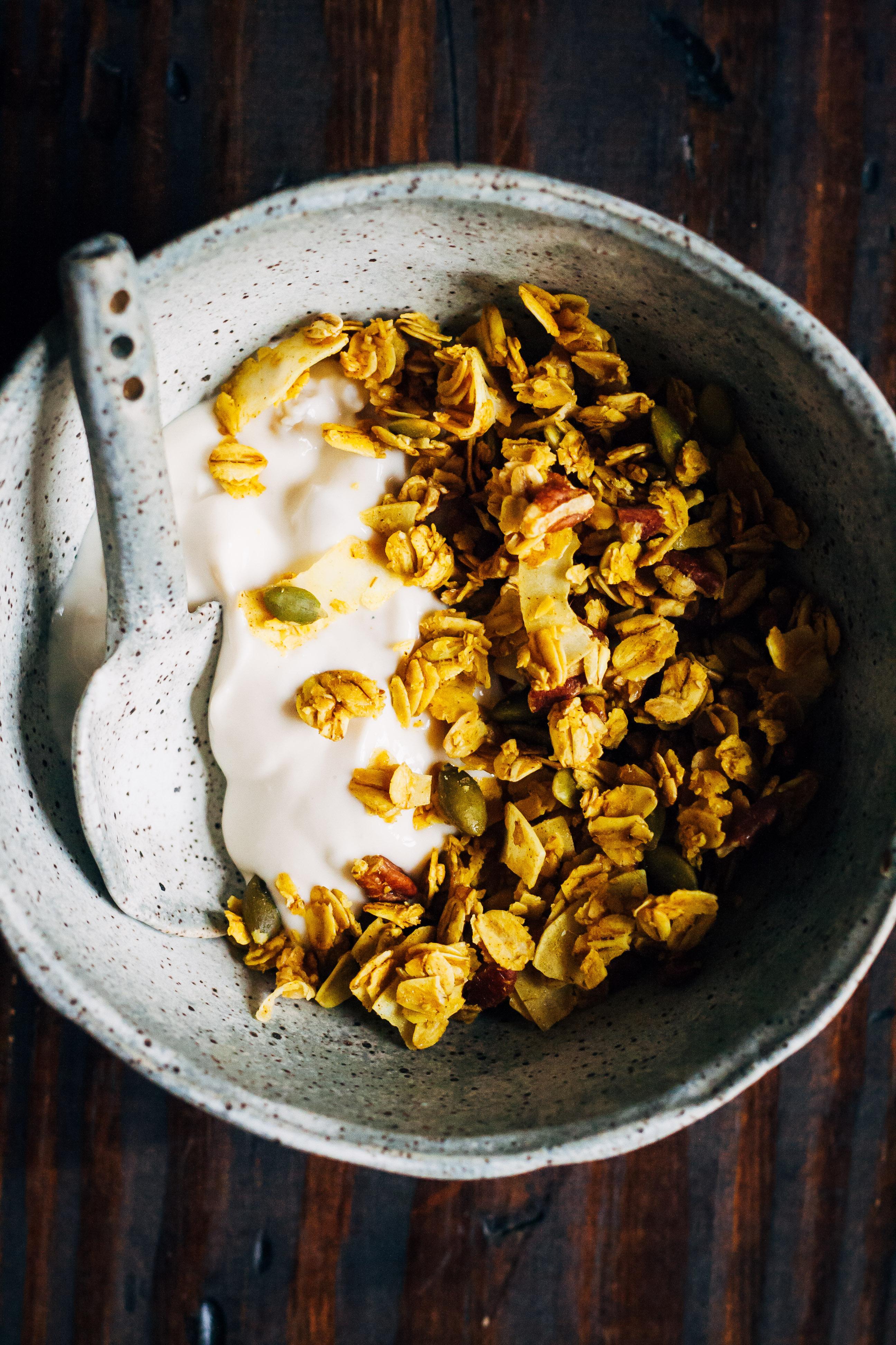Ayurvedic Granola | Well and Full | #vegan #granola #ayurvedic