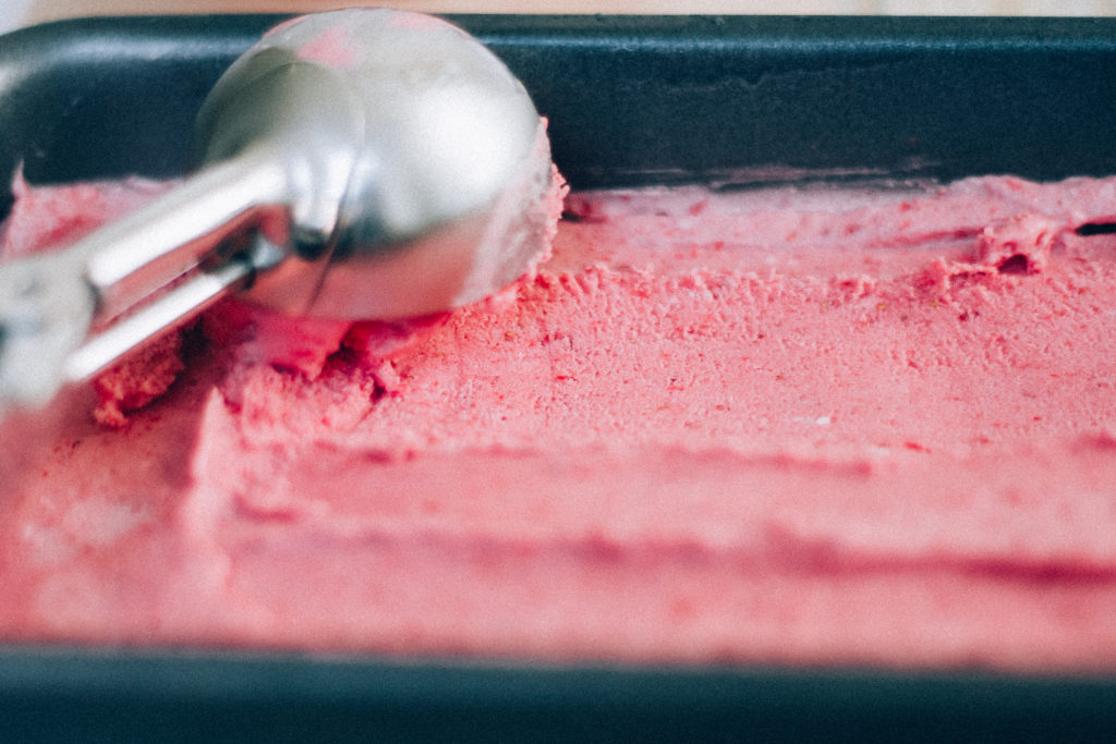 No-Churn Strawberry Ice Cream | Well and Full | #vegan #recipe