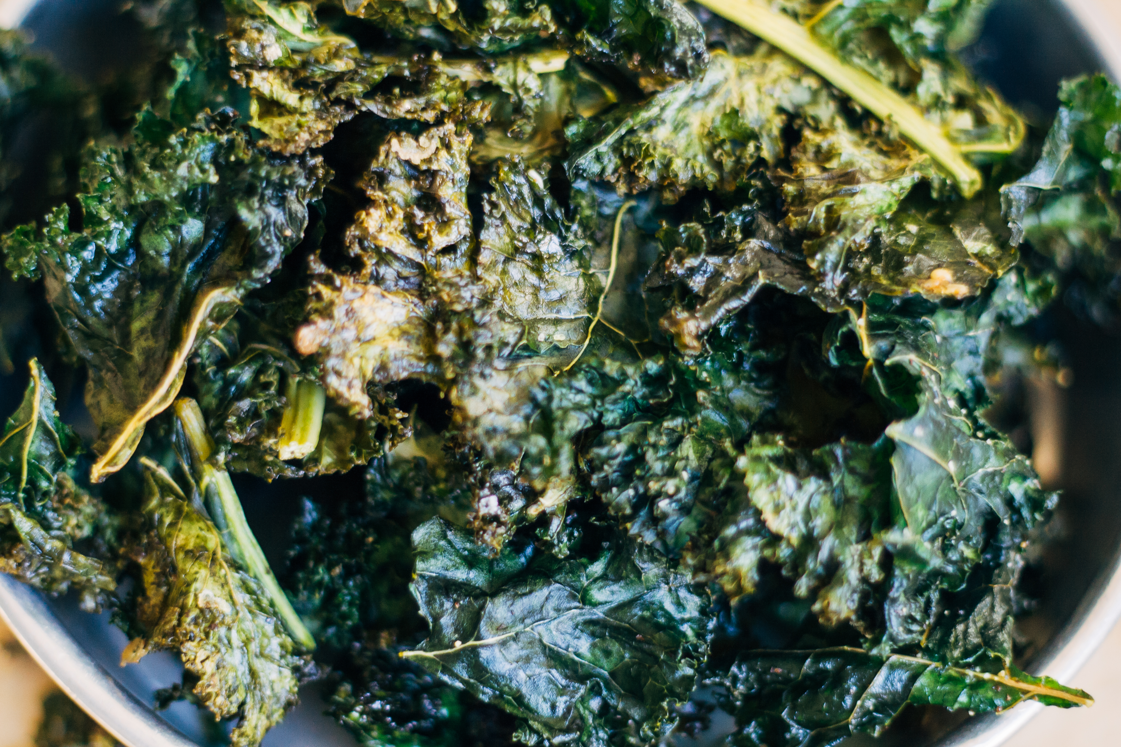 How to make kale chips without a dehydrator well and full how to make kale chips without a dehydrator well and full vegan forumfinder Images