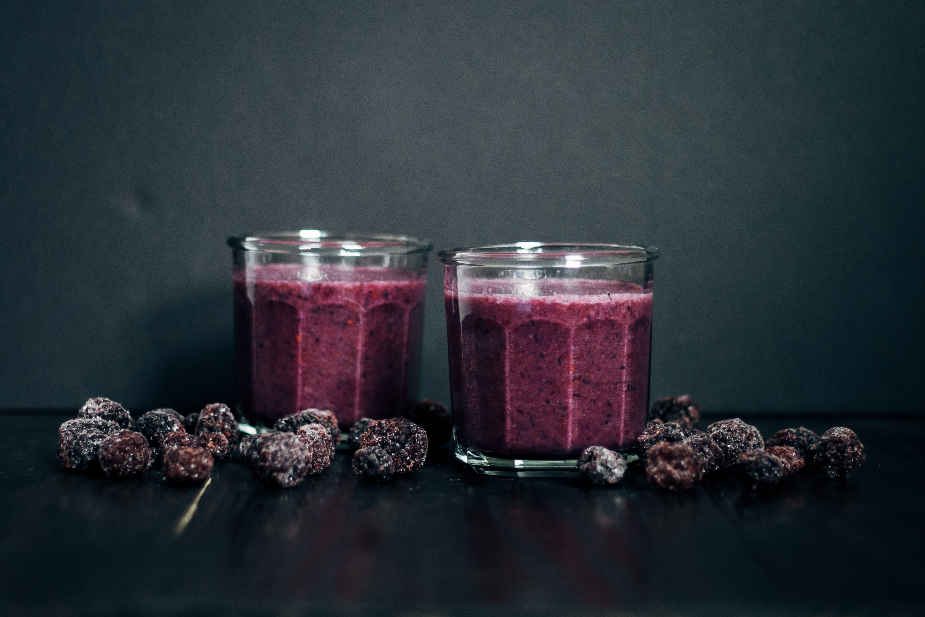 Sunday Sutra: Crown Chakra Smoothie | Well and Full | #vegan #yoga