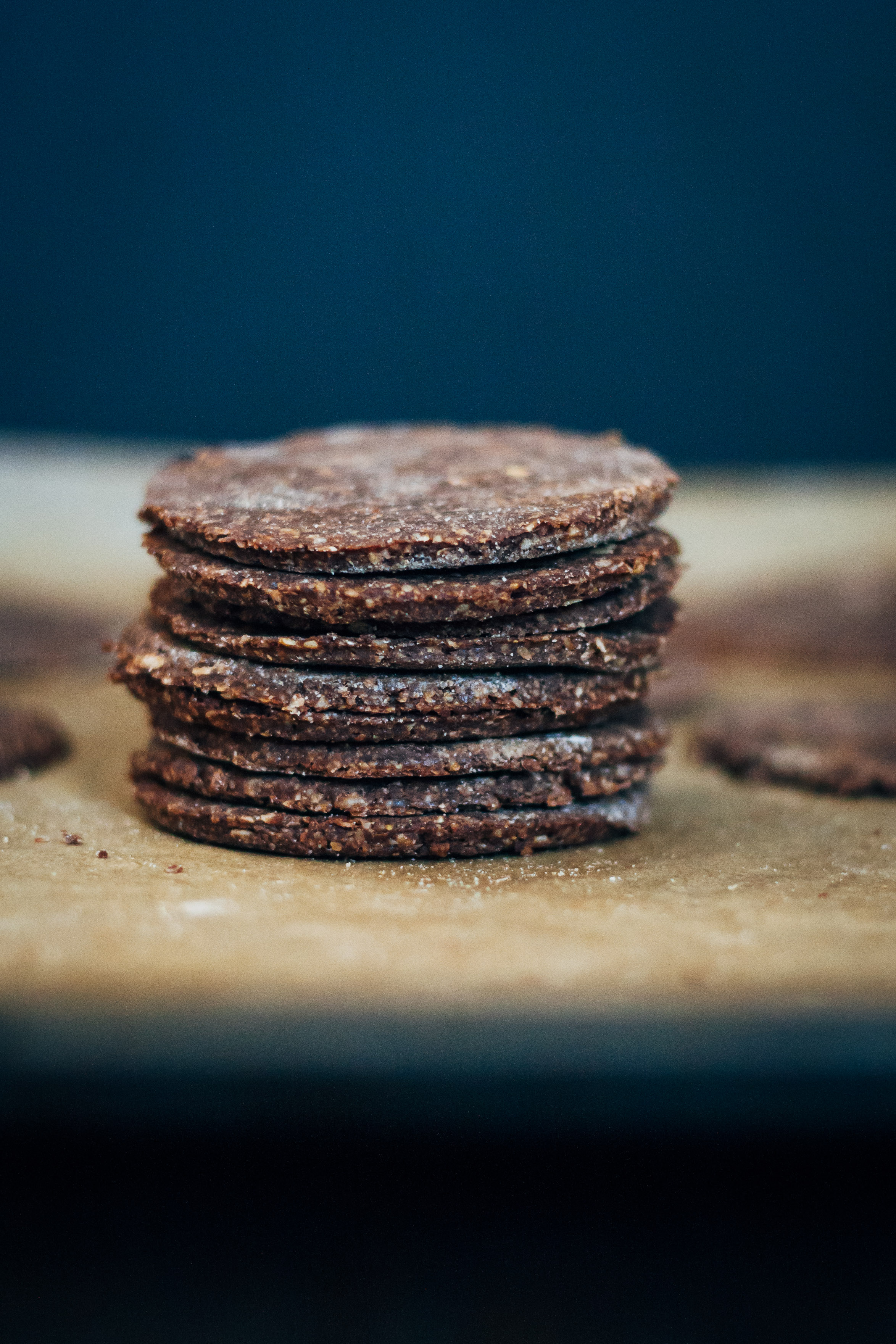 Raw Vegan Thin Mints | Well and Full | #raw #vegan #recipe