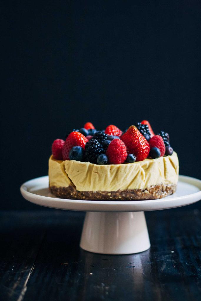 Raw Mango Cheesecake | Well and Full | #raw #vegan #recipe