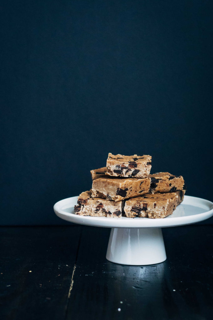 Raw Cookie Dough Slice | Well and Full | #raw #vegan #recipe