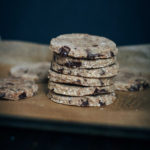 Raw Chocolate Chip Cookies | Well and Full | #raw #vegan #recipe