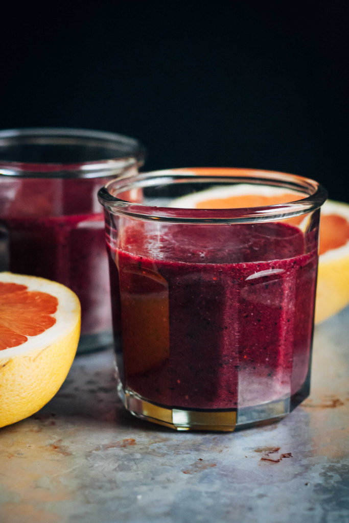 superfood detox smoothie well and full