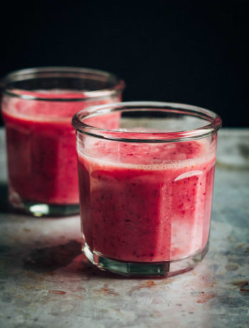 Cranberry Orange Smoothie | Well and Full | #vegan #smoothie #recipe