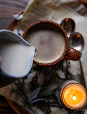 Oat Milk Latte | Well and Full | #vegan #oatmilk #plantbased