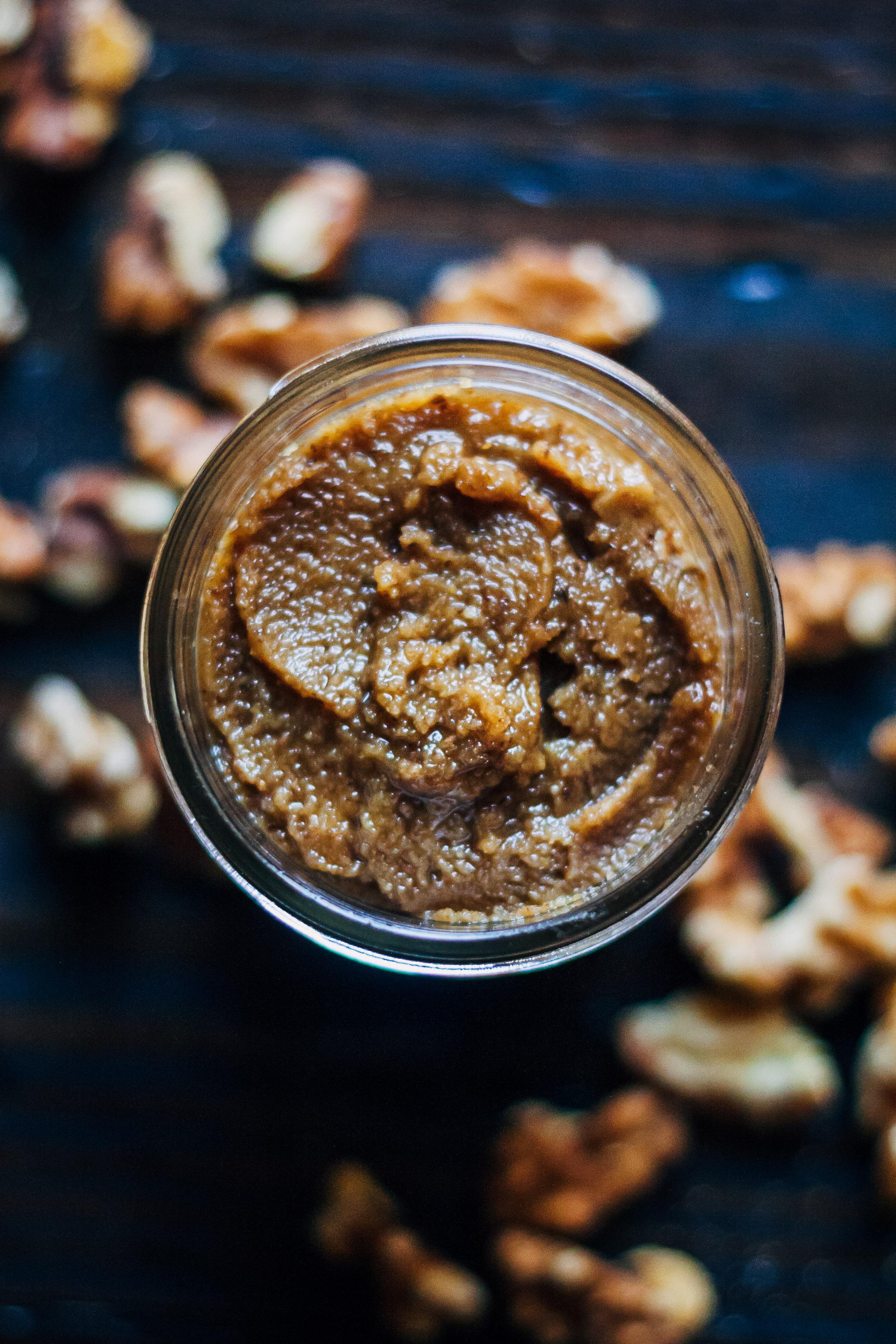 Gingerbread Walnut Butter | Well and Full | #vegan #walnut #butter #recipe
