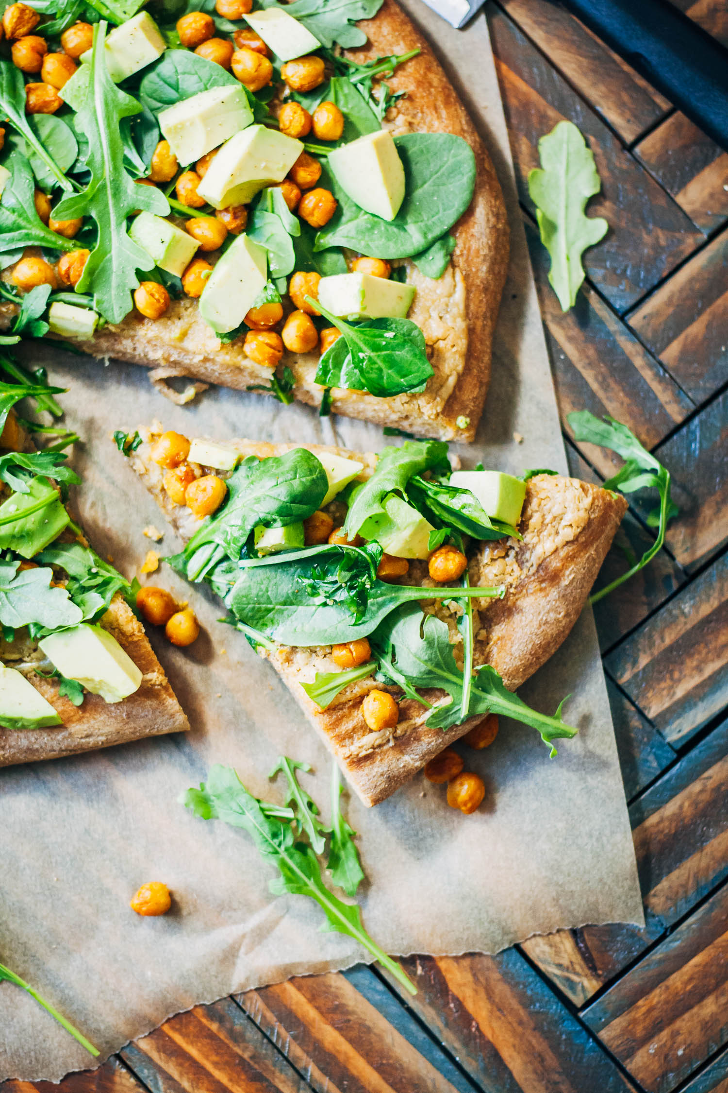 Health Vegan Pizza | Well and Full | #plantbased #recipe