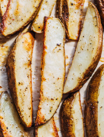 Salt and Pepper Potato Wedges | Well and Full | #healthy #vegan #recipe