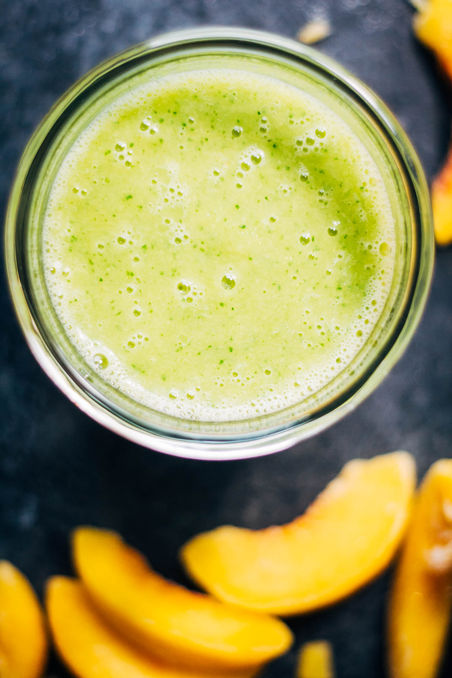 Peaches and Cream Green Smoothie | #healthy #vegan #recipe
