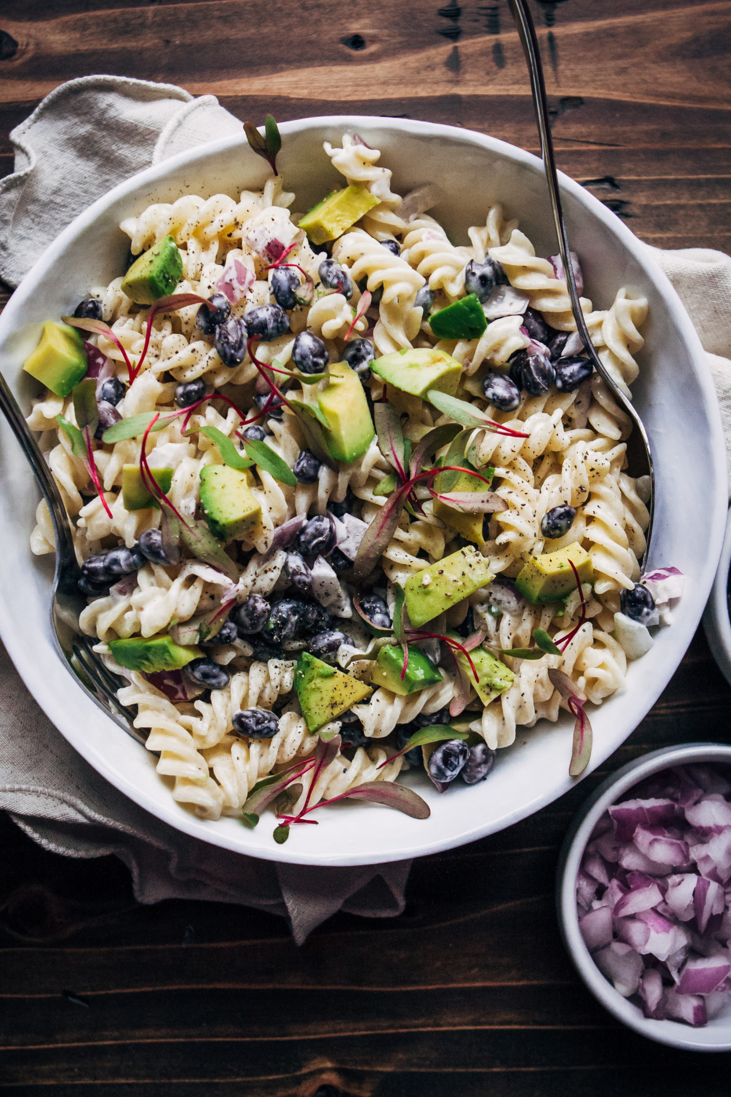Vegan Ranch Pasta Salad | Well and Full | #vegan #recipe