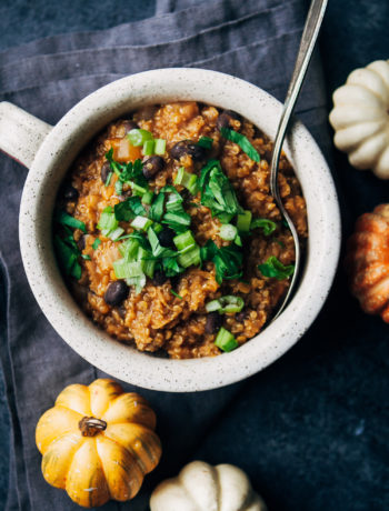 Vegan Pumpkin Beer Chili | Well and Full | #plantbased #fall #recipe