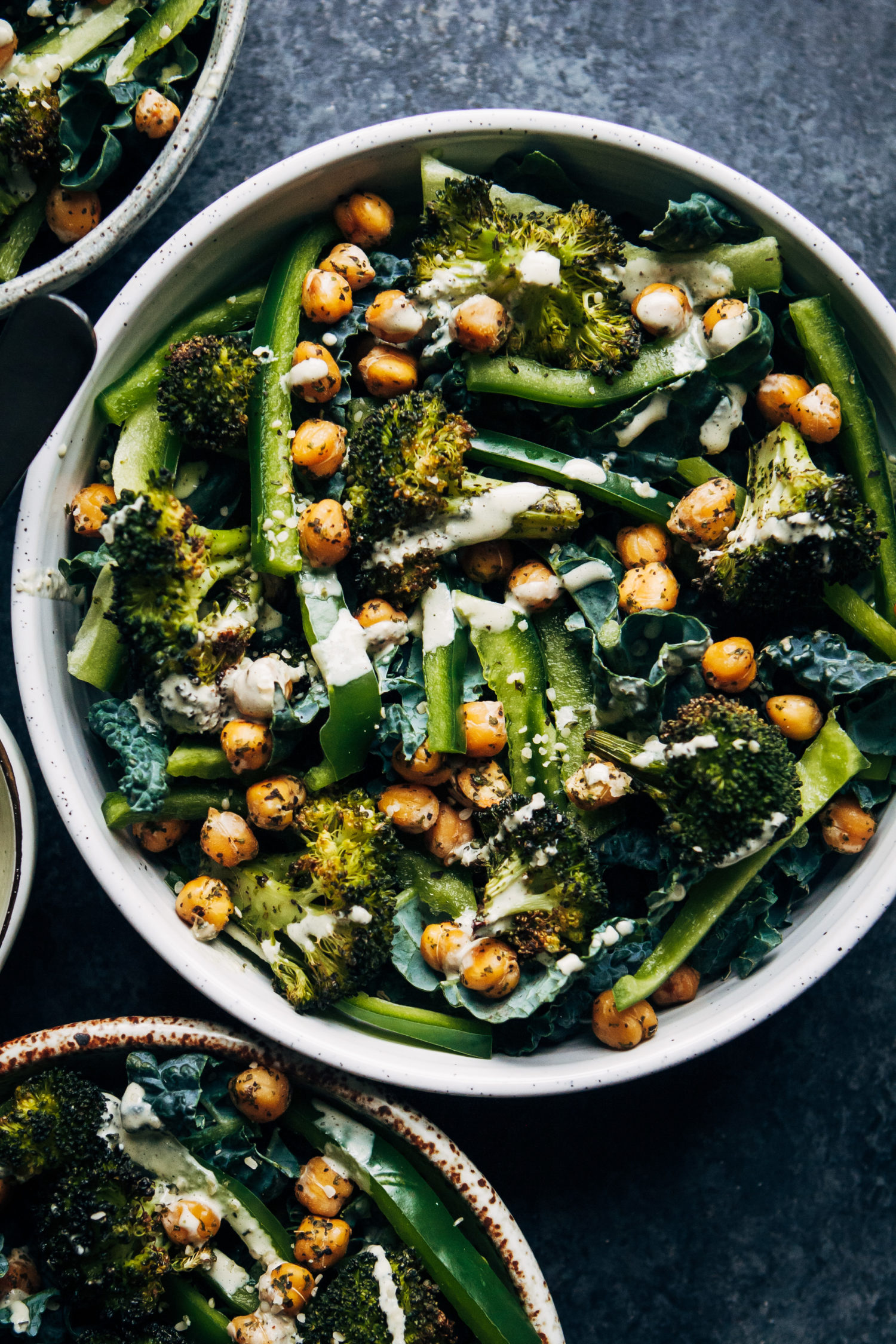 Vegan Kale Detox Salad | Well and Full | #vegan #detox #cleanse