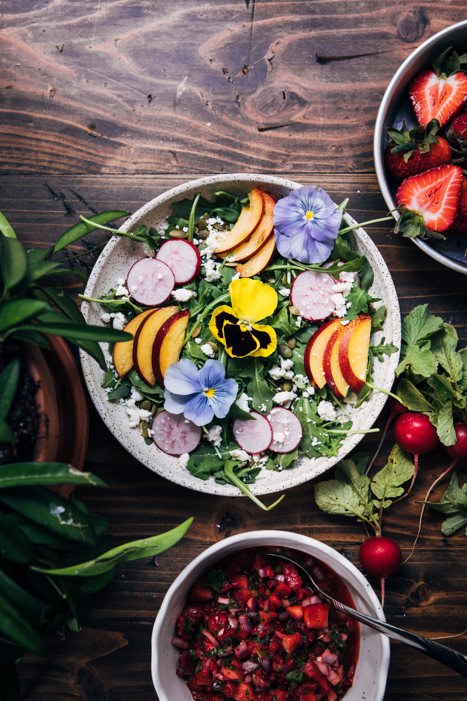 8 Small Gardens That Will Inspire You In Any Season: Flower Garden Salad