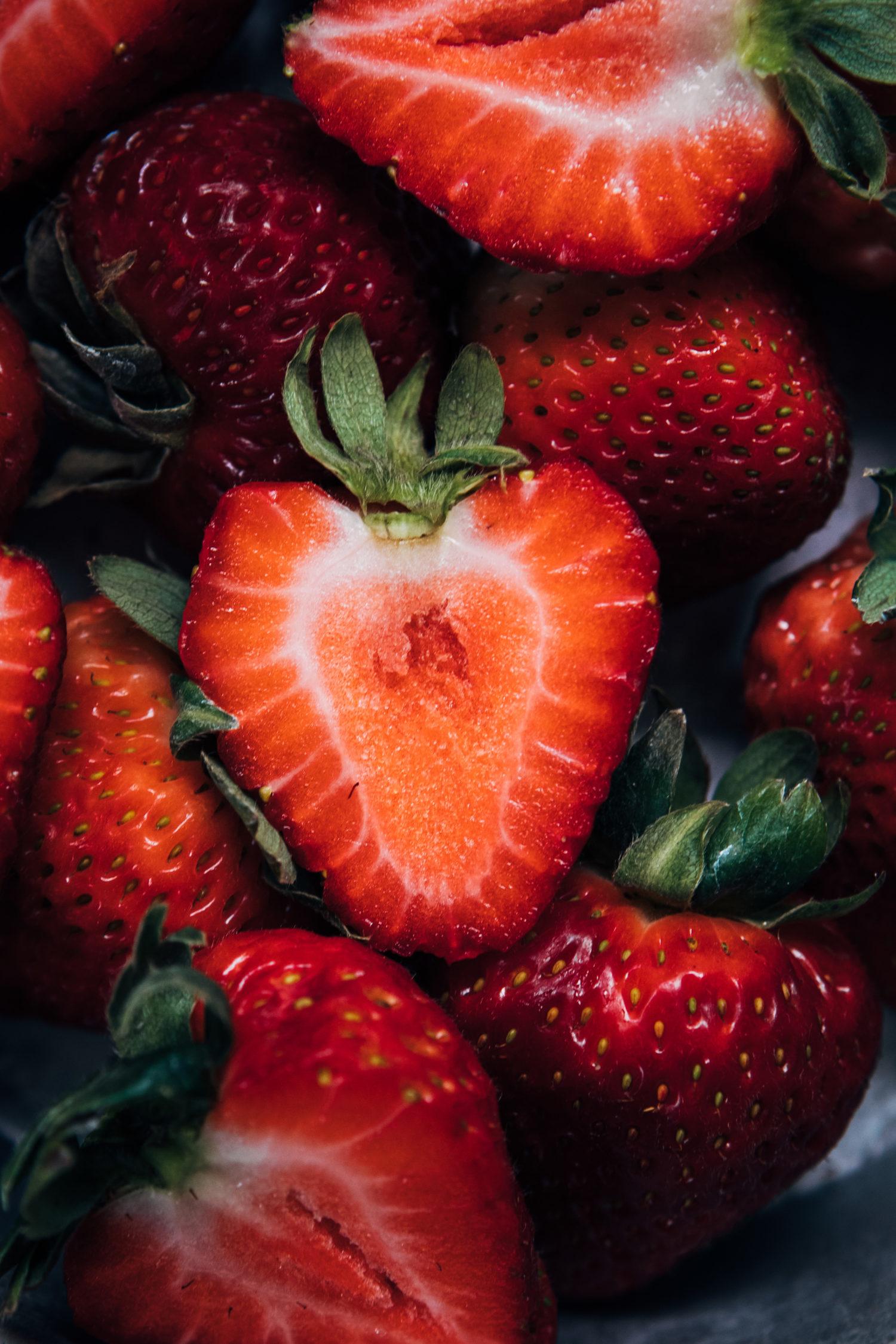 Strawberries | Well and Full | #vegan #recipe #summer