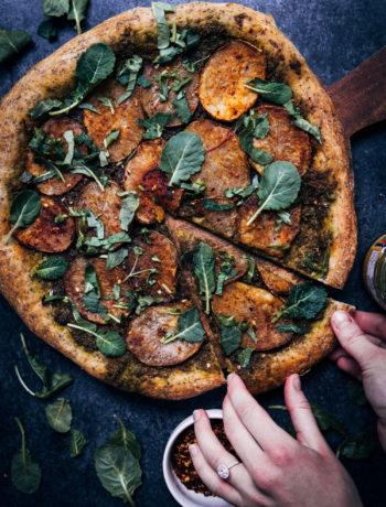 Vegan Potato Pesto Pizza | Well and Full | #vegan #recipe #pizza