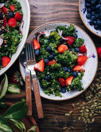 Vegan Superfood Kale Salad | Well and Full | #vegan #recipe #superfoods