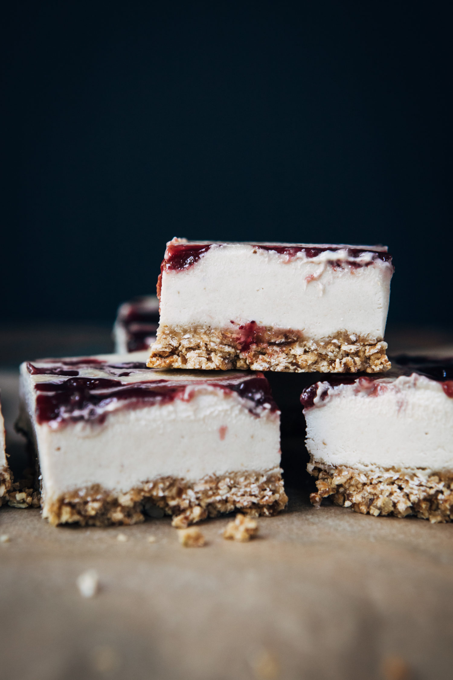 Vegan Granola Cheesecake Bars | Well and Full | #vegan #recipe #glutenfree