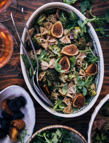 Balsamic Fig Pasta Salad | Well and Full | #vegan #pasta #recipe