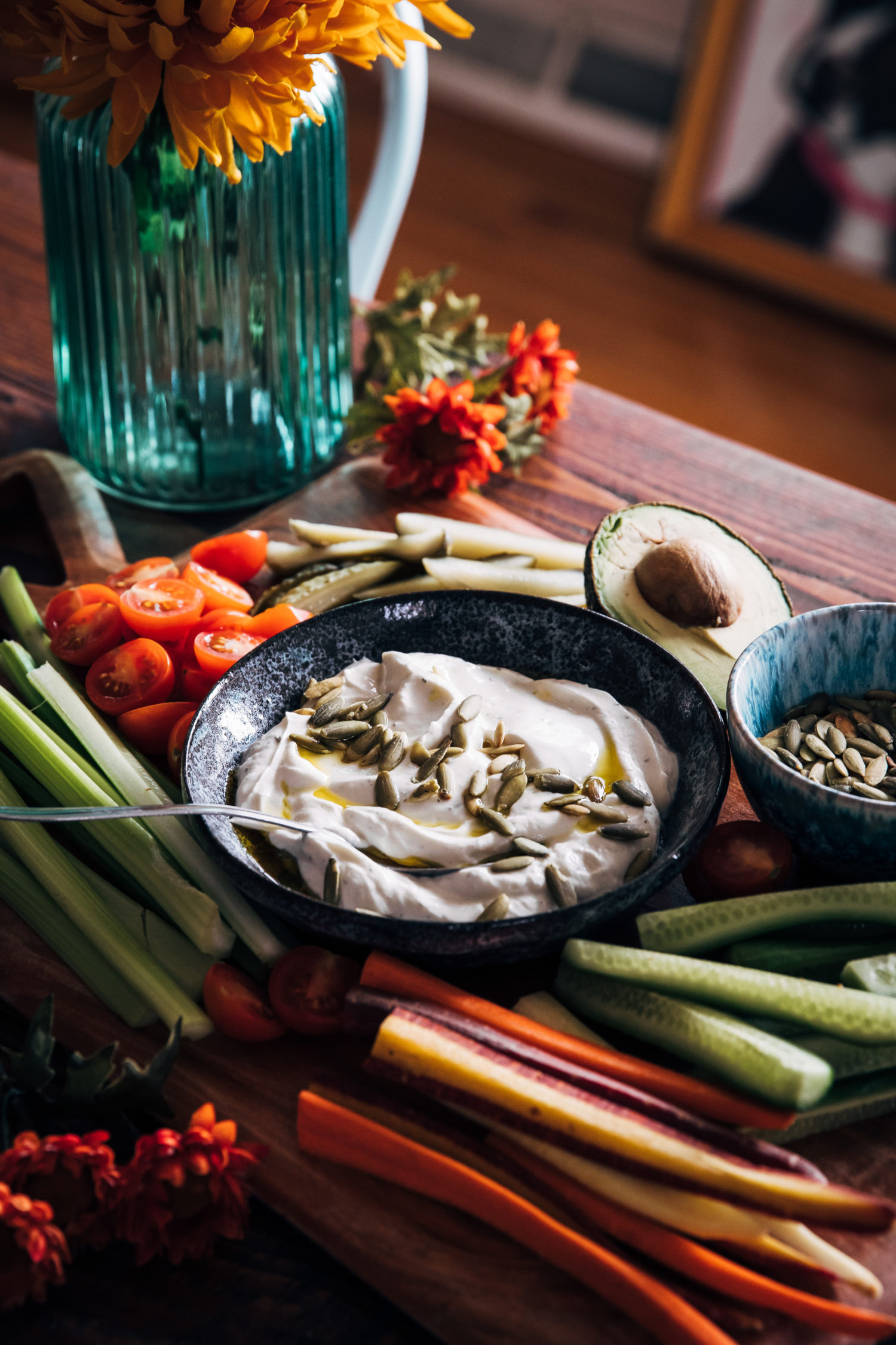 How To Make a Crudité Platter | Well and Full | #recipe #howto #vegetarian