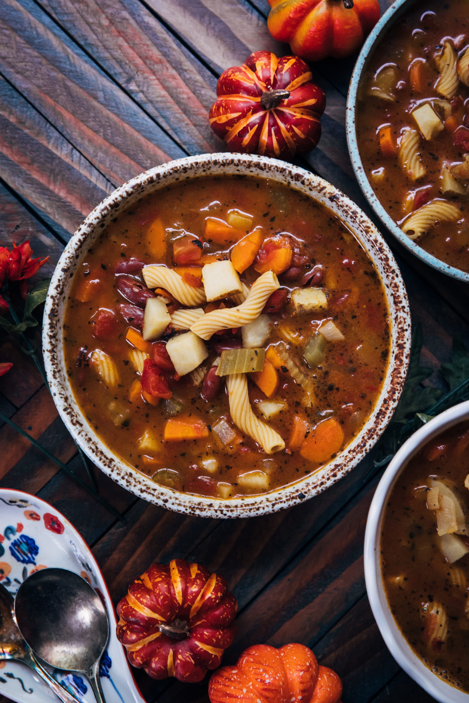 Pumpkin Minestrone | Well and Full | #vegan #autumn #recipe