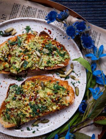 My Favorite Avocado Toast | Well and Full | #vegan #recipe #avocadotoast