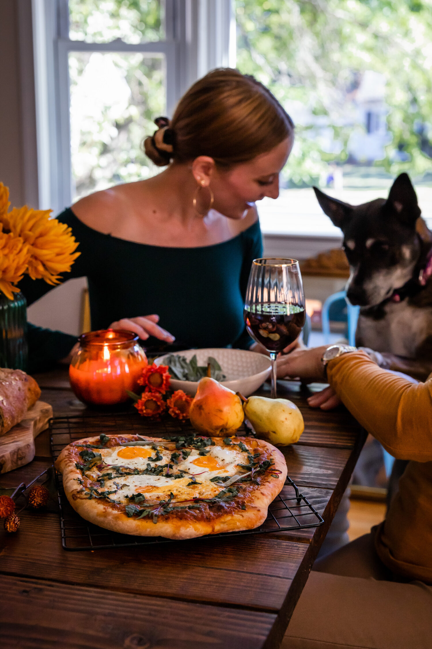 Vegetarian Pumpkin Breakfast Pizza | Well and Full | #vegetarian #fall #recipe